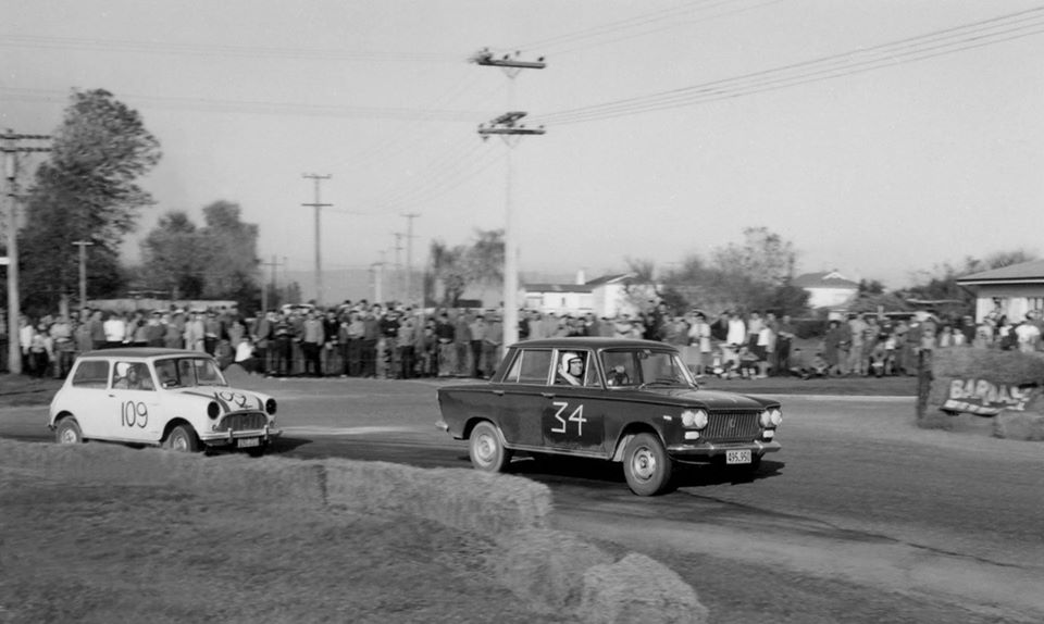 Name:  Motor Racing Matamata #51 1964 Fiat 1500 34 Mini Cooper 109 61-64 plates Ross Cammick Scott-Give.jpg Views: 93 Size:  66.1 KB