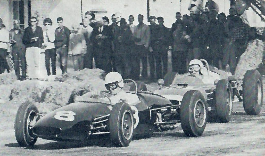 Name:  Matamata 1964 #51 1964 Andy Buchanan leads Bill Thomasen Brabhams Graham Woods  (2).jpg