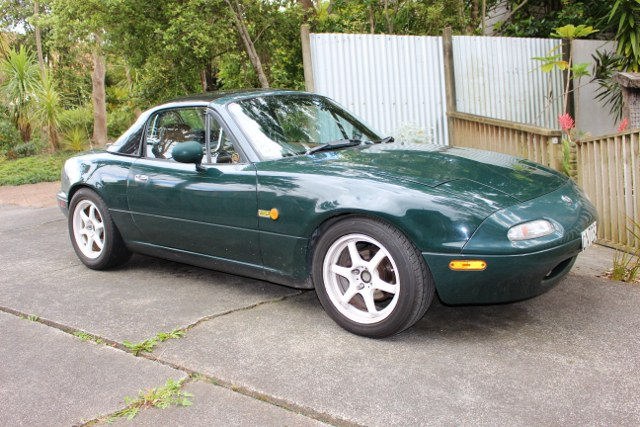 Name:  My cars MX5 resized  IMG_0030 (640x427).jpg