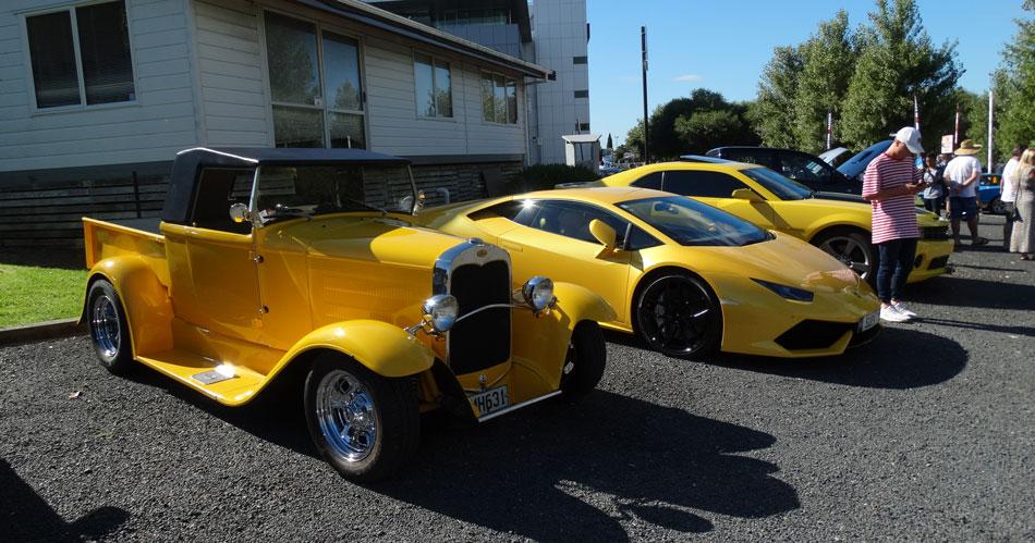 Name:  Yellow-cars.jpg Views: 456 Size:  138.0 KB