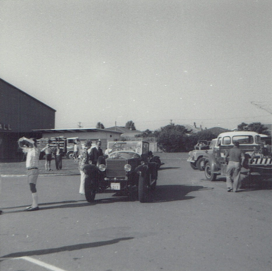 Name:  Vintage Rally 1971 #3  Tourer & trucks CCI09012016_0004.jpg Views: 1999 Size:  147.6 KB