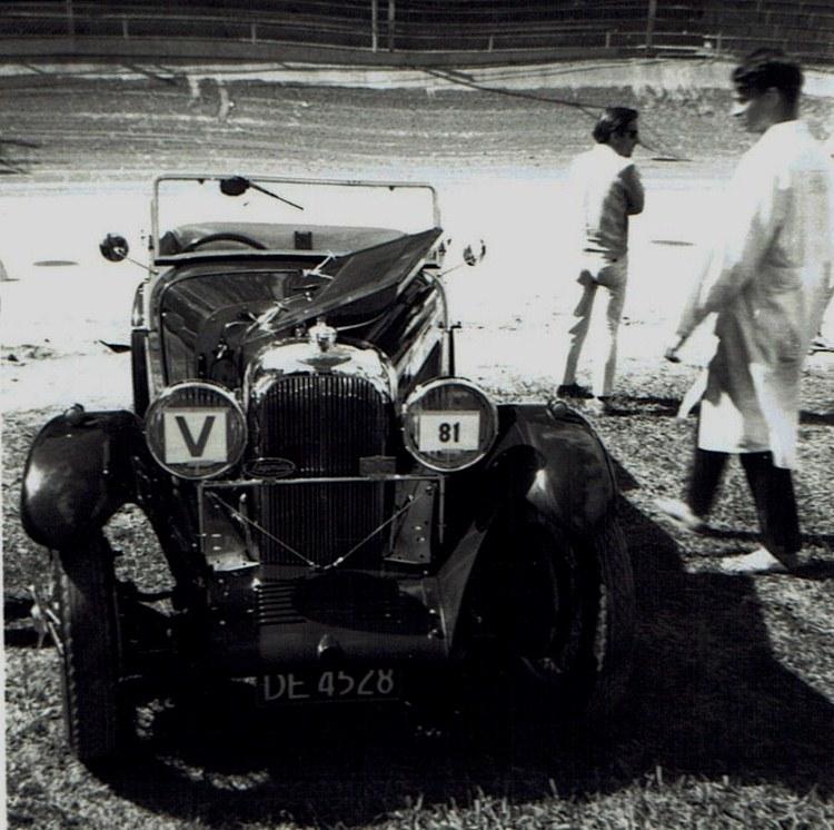 Name:  Vintage Rally 1968 Western Spings #16 Lagonda CCI23012016_0003 (750x746).jpg Views: 1240 Size:  157.7 KB
