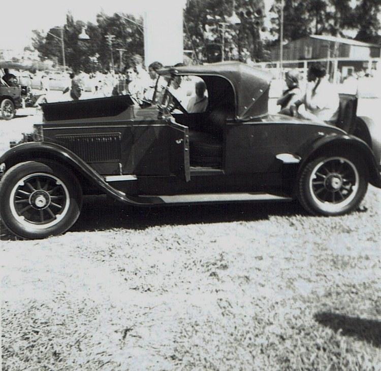 Name:  Vintage Rally 1968 Western Spings #6 1923 Packard Roadster CCI19012016_0003 (750x731).jpg Views: 1871 Size:  173.2 KB