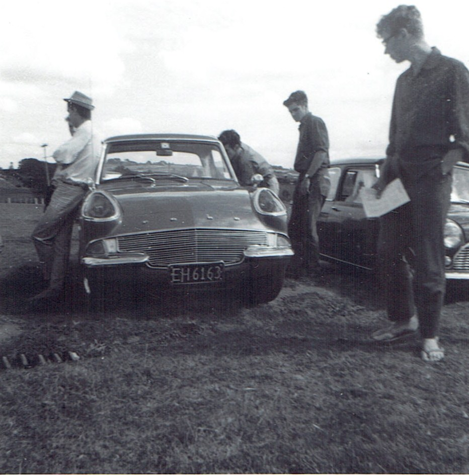 Name:  Ford Anglia -custom at Pukekohe v2, CCI14102015_0004 (2).jpg