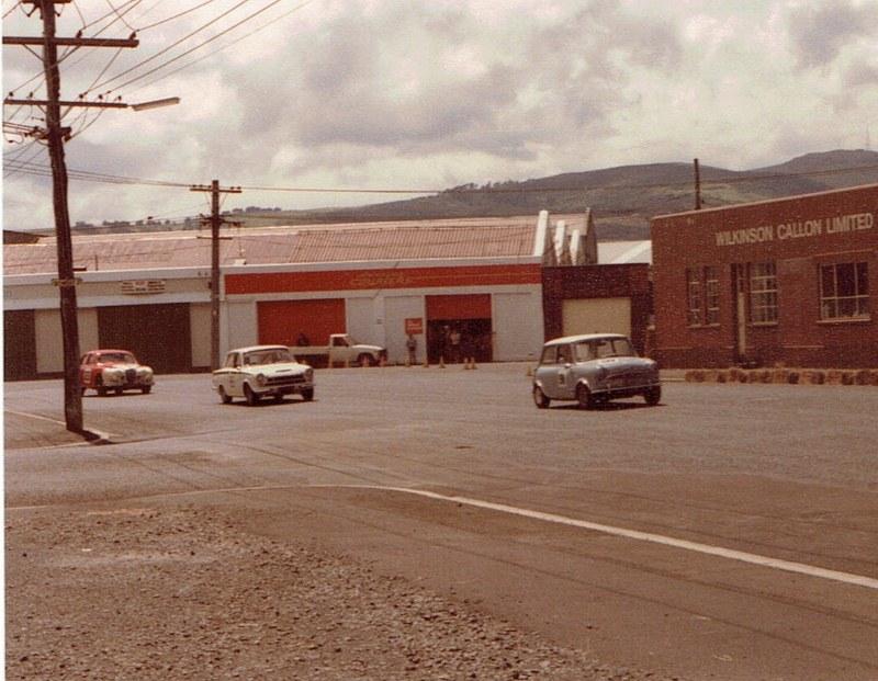 Name:  Dunedin Festival 1984 #25  Minis Cortina Jaguar v2, CCI27102015_0002 (2) (800x621).jpg Views: 2315 Size:  146.4 KB