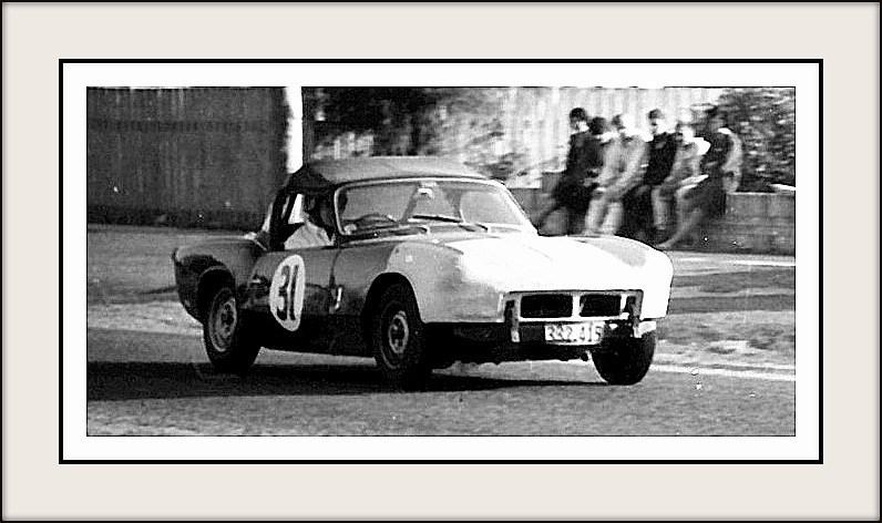 Name:  Motor Racing Matamata #40 1964 31 Kerry Grant Spitfire Bob Homewood.jpg Views: 89 Size:  88.8 KB