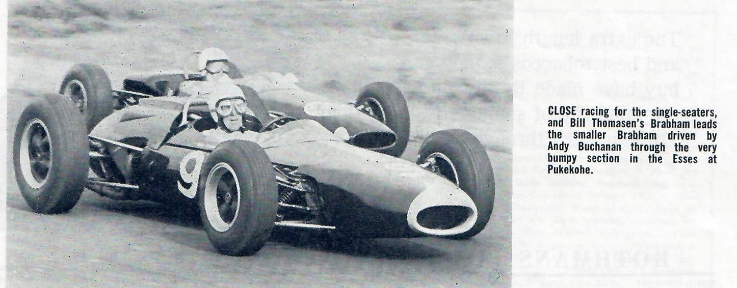Name:  Pukekohe 1965 #53 Bill Thomasen leads Andy Buchanan Brabhams Graham Woods .jpg Views: 47 Size:  104.0 KB