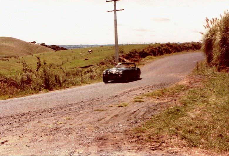 Name:  AHCCNZ Otaua Hill Climb 1985 #11  Healey 3000 #1, CCI27112015 (780x531).jpg Views: 952 Size:  154.6 KB