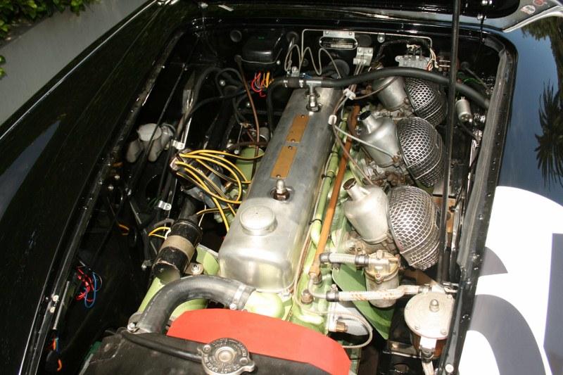 Name:  AH 100 SIX #63 BN4 engine front view Australia 50's 60's Tri-carb Patrick Quinn archives  (800x5.jpg Views: 99 Size:  138.0 KB