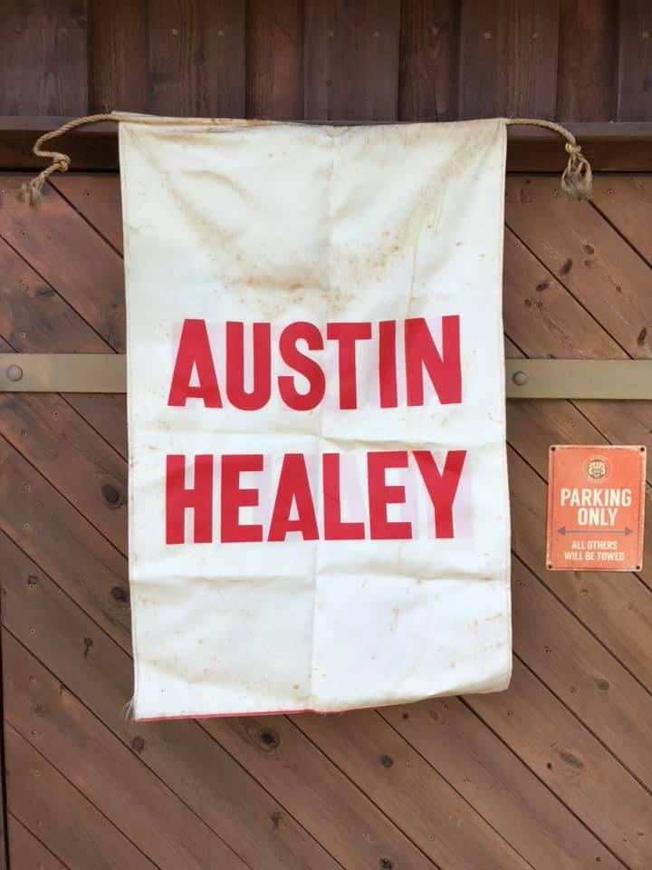 Name:  AH #5 Austin Healey banner K Stelk .jpg Views: 358 Size:  55.9 KB
