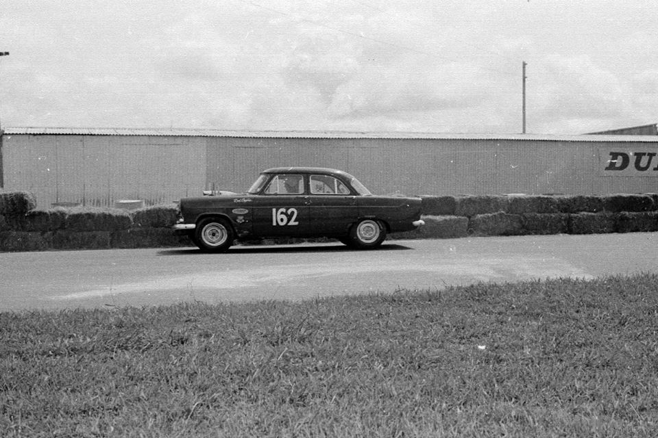 Name:  Pukekohe 1966 #23 Feb 66 Zephyr Corvette stack pipes stables cnr Rex Rattenbury .jpg Views: 237 Size:  115.4 KB