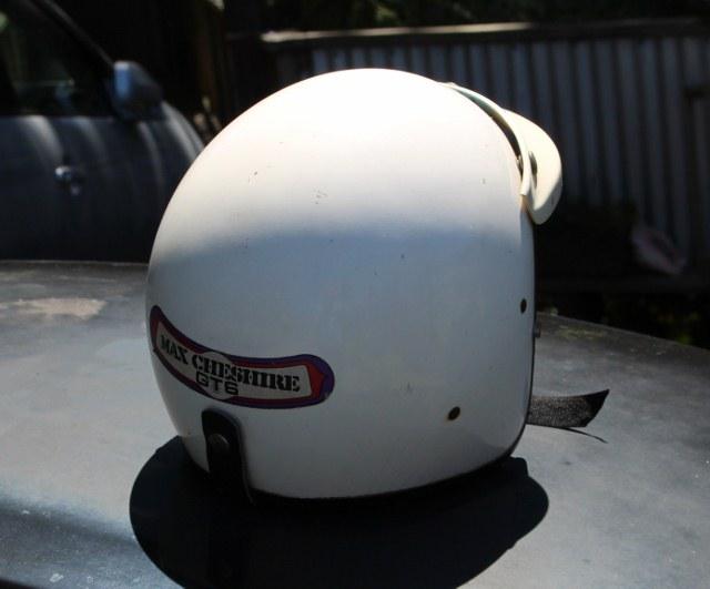 Name:  MX5 #83 and Helmet 587 (640x531) (2).jpg Views: 215 Size:  73.3 KB