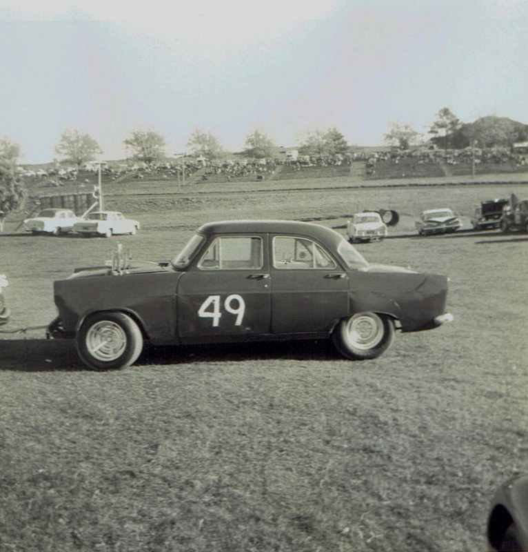 Name:  Pukekohe May 1966 #14, Zephyr Corvette K Bailey v2, CCI13102015_0003 (2) (766x800).jpg Views: 3639 Size:  145.5 KB