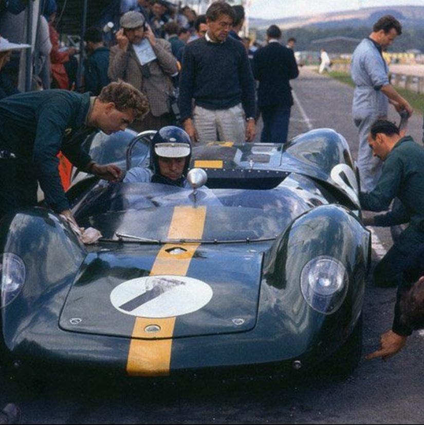 Name:  Goodwood. 1964. Jim Clark.jpg Views: 579 Size:  170.9 KB