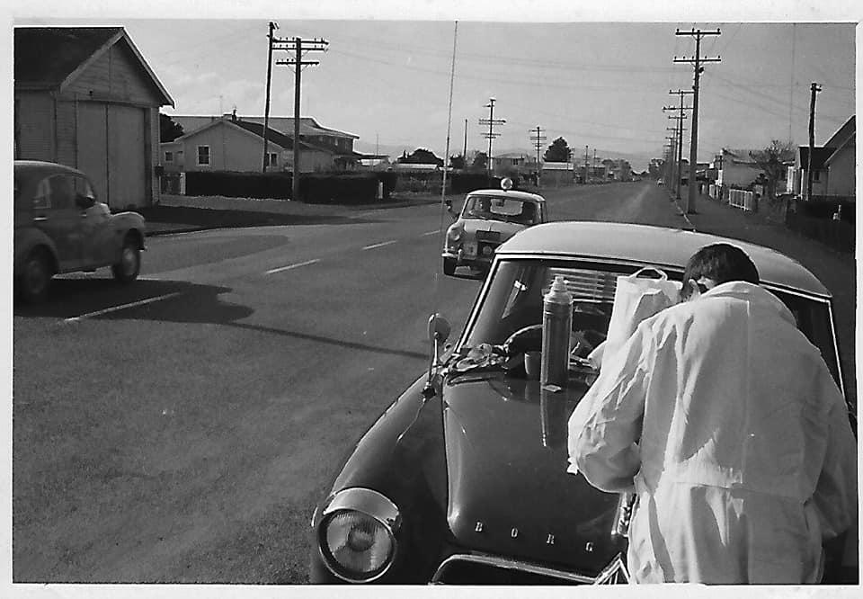 Name:  NSCC 1965 #35 Castrol Rally 1965 Control Ngatea. manned by Peter Blackman Borgward Isabella John.jpg Views: 216 Size:  67.5 KB