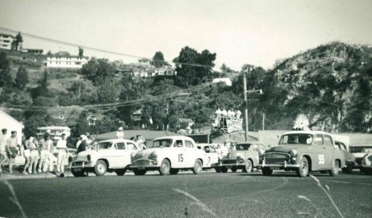Name:  Motor Racing Napier - #11 Saloons Norm Agnew.jpg Views: 773 Size:  46.3 KB