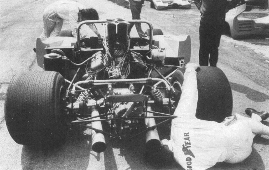 Name:  McLaren at Goodwood. ..1970..jpg Views: 1374 Size:  102.3 KB