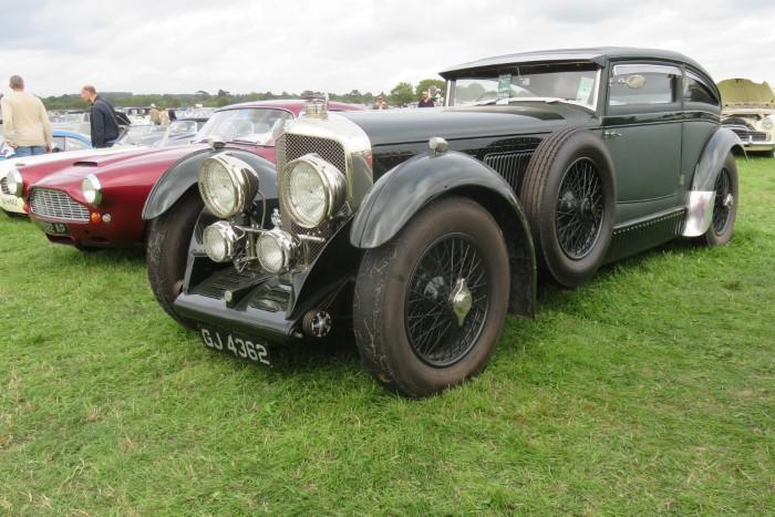 Name:  218_0908_0870 Bentley.JPG Views: 310 Size:  127.8 KB