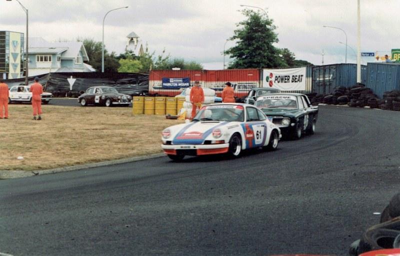 Name:  Telecom Classic 1994 - Porsche, Zephyr and Jags #2,CCI10092015 (2) (800x513).jpg Views: 948 Size:  126.1 KB