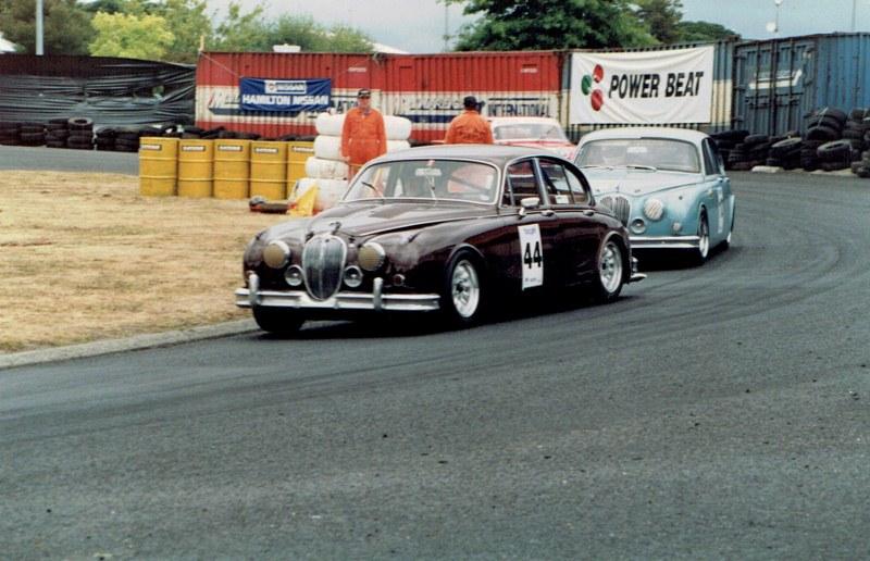 Name:  Telecom Classic 1994 Jaguars #2, CCI10092015 (2) (800x516).jpg Views: 926 Size:  136.6 KB