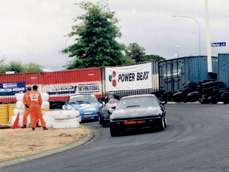 Name:  Telecom Classic 1994 TR7 Morgan Porsche CCI12092015 (800x603).jpg Views: 820 Size:  135.9 KB