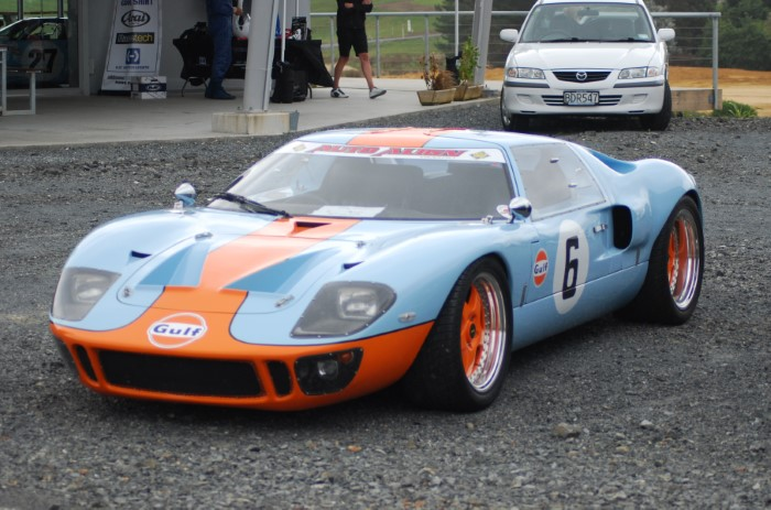 Name:  211_0128_104 Ford GT40 r.JPG Views: 242 Size:  121.7 KB