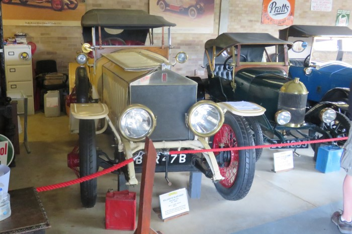 Name:  221_0915_023 Rolls Royce.JPG Views: 68 Size:  106.5 KB