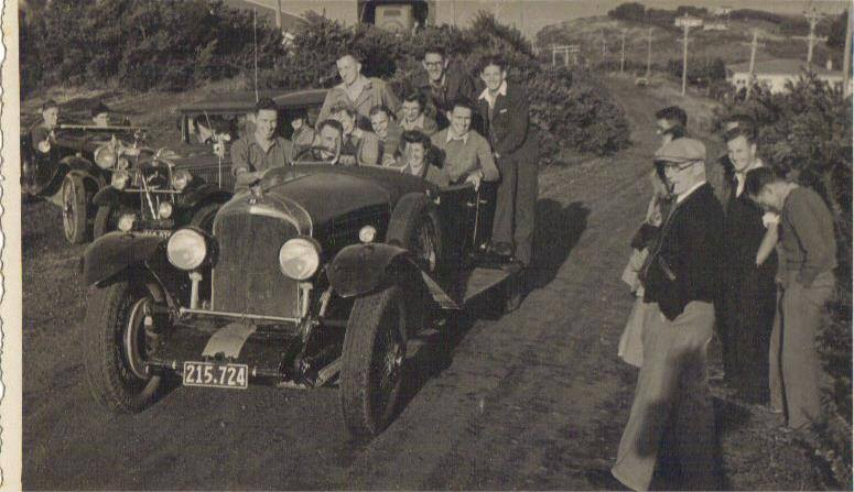 Name:  Family #115 1946 Ed back seat -Graham Wells Bentley NSCC Taylors Bay hclimb  E Dowding archives.jpg Views: 137 Size:  60.5 KB