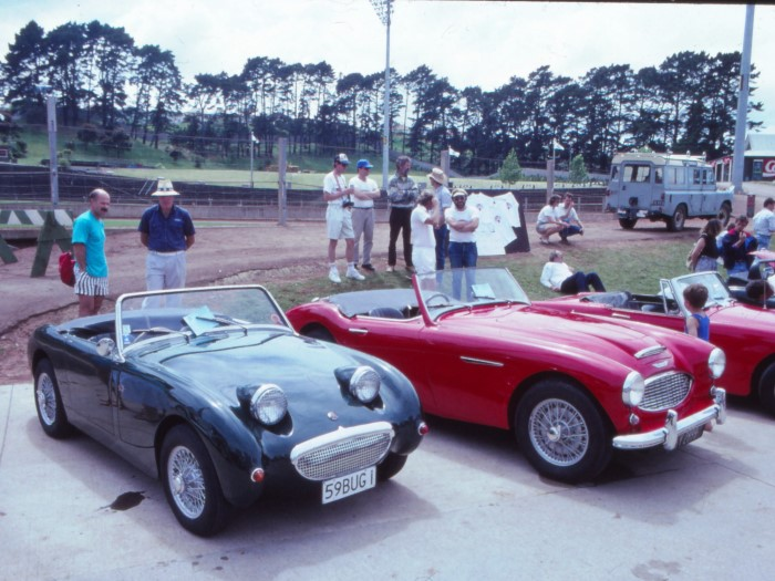 Name:  192_1101_968 Austin Healey.JPG