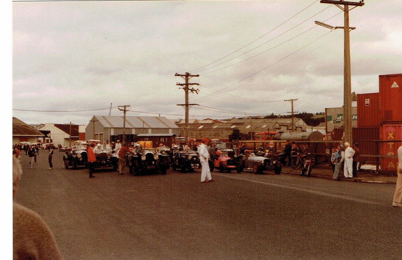 Name:  Dunedin Festival 1983 #36 Pre-war and Vintage #1 the start ,CCI10112015 (800x517).jpg Views: 1943 Size:  126.3 KB