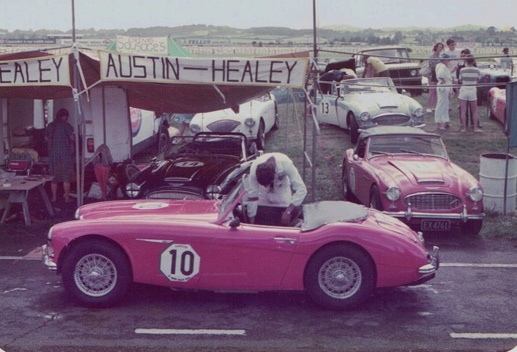 Name:  AHCCNZ Le Mans #2, Healeys R Osborne fr Cameron Mackay right CCI11012016_0002 (750x511).jpg Views: 53 Size:  124.7 KB