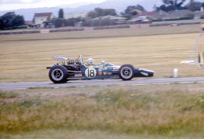 Name:  24 Frank Matich (McLaren M10) at Levin.jpg Views: 1029 Size:  122.3 KB
