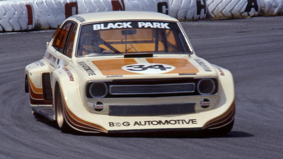 Name:  Cars #391 Grame Parks Marina V8 Baypark 1982 Nigel Watts .jpg Views: 320 Size:  129.8 KB