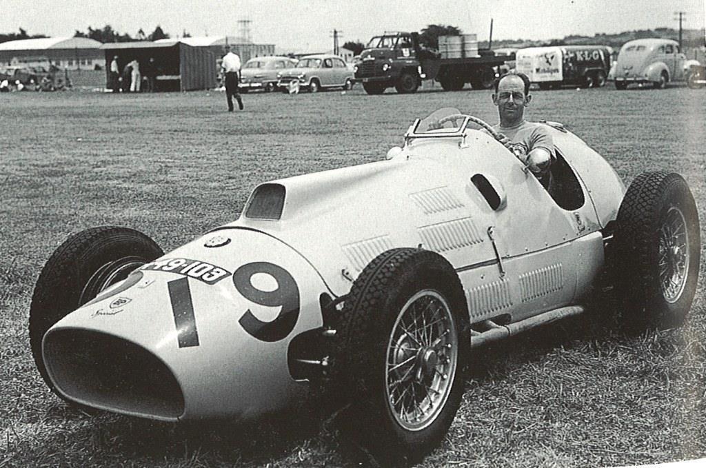 Name:  1957. Ron Roycroft. Ardmore.jpg Views: 611 Size:  138.7 KB