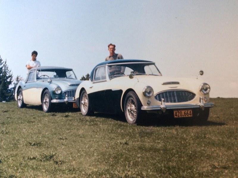 Name:  AH 3000 #244 Ruddspeed - 4000 pair Reg 420.664 61-64 plate sale to Mcloughlin 1964 Myles Hicks (.jpg Views: 581 Size:  121.6 KB