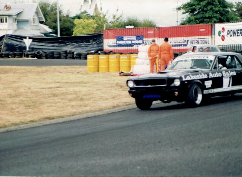 Name:  Telecom Classic 1994 Mustang 3rd pic #2,  CCI10092015 (2) (800x586).jpg Views: 1183 Size:  135.9 KB