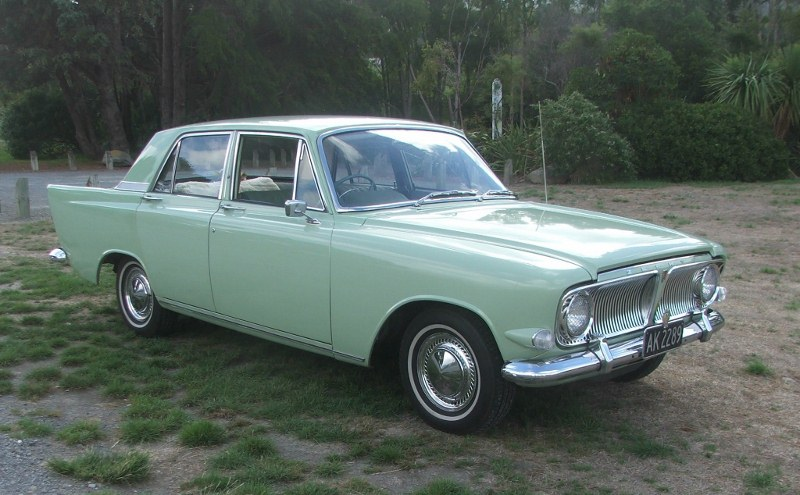 Name:  Cars #106 B Ford Zephyr 6 Mark 3 AK2289 J Stokes car - John Stokes  (800x495) (2).jpg