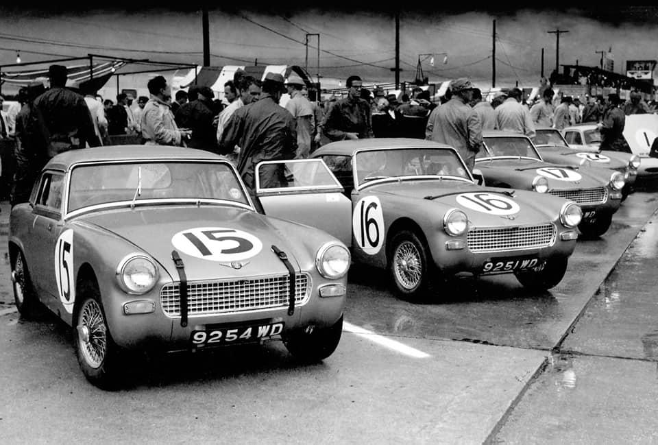 Name:  AH Sprite #62 Sebring 1962 Moss McQueen Ireland Rodriguez Le Mans start J Whitehouse Bird archiv.jpg Views: 115 Size:  82.5 KB