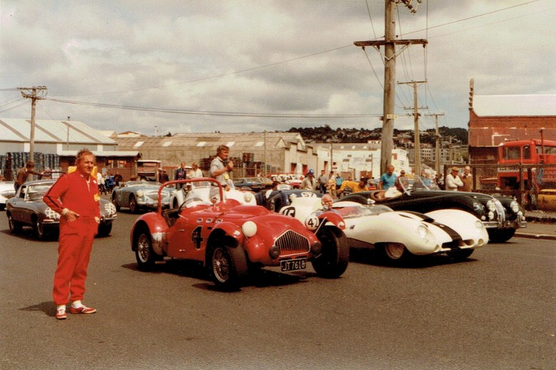 Name:  Dunedin Festival 1984, Allard Rob Boult, Lotus 15 Paul Samuels CCI09102015 (800x533).jpg