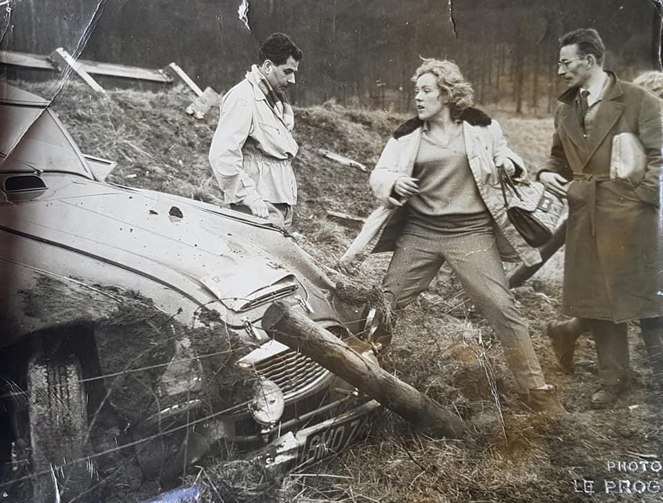 Name:  AH 3000 #413 Pat Moss - Carlsson crash 1960's works Rally Car Sal Paul BMC archives .jpg Views: 167 Size:  101.5 KB