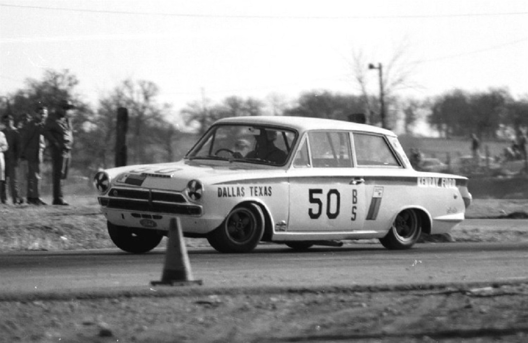 Name:  LOTUS FORD CORTINA CHARLES BARNES GVR 67.jpg