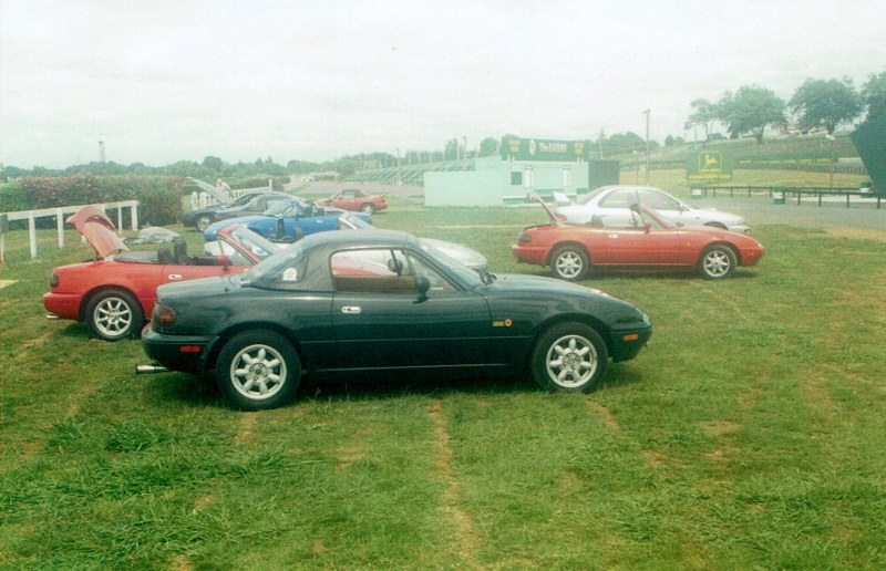 Name:  MX5 #182 2004 Track Day UN7284 and others CCI04042020_0001 (800x516).jpg Views: 18 Size:  130.7 KB