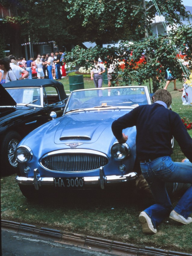 Name:  183_0220_972 Austin Healey.JPG