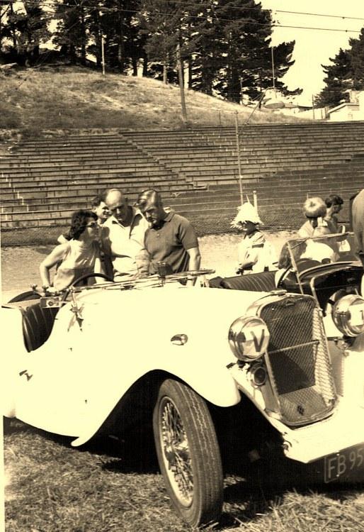 Name:  Vintage Rally 1968 Western Spings #27 1934 Singer Le Mans CCI23012016_0001 (514x750).jpg Views: 1421 Size:  162.0 KB