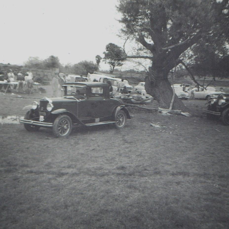 Name:  Hunua Hundred 1971 #32 Graham Paige Coupe CCI07102019_0005 (2).jpg Views: 282 Size:  165.2 KB