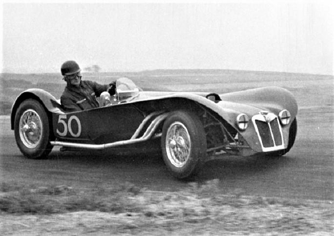 Name:  Cars #831 Ken Miles Tib010 Miles Torrey Pines Flying Shingle MG 1955 K Hyndman archives  (2).jpg Views: 44 Size:  112.0 KB