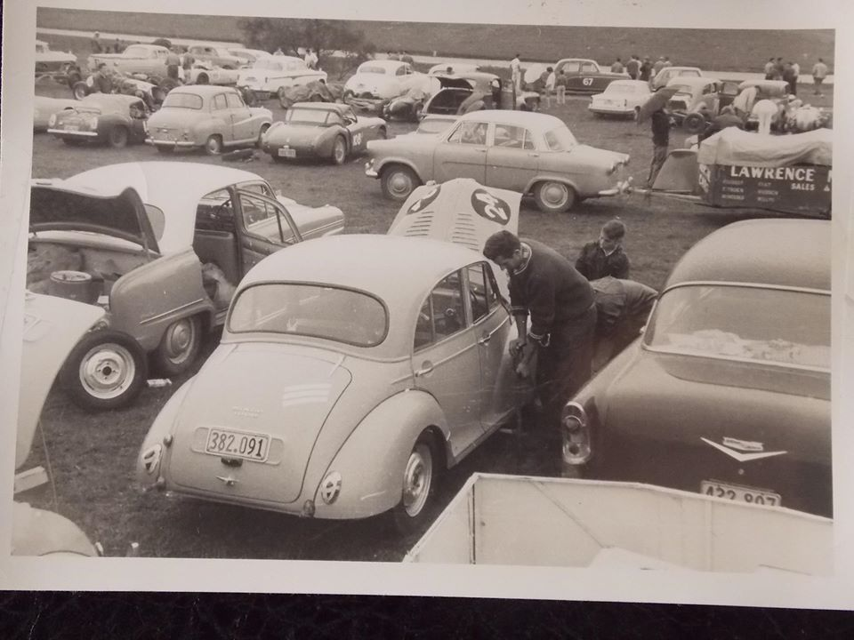 Name:  Pukekohe 1960 # Morris Minor Ron Brown George Johnson on wheels Ron under bonnet Alan Boyle .jpg Views: 302 Size:  85.5 KB
