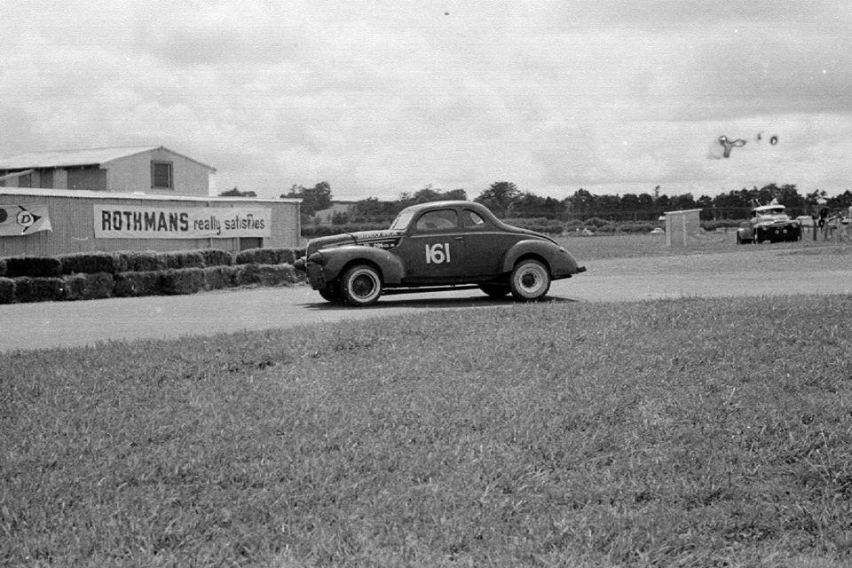 Name:  Pukekohe 1966 #22 Feb 66 Robin Tanner Ford V8 stables cnr Rex Rattenbury .jpg Views: 241 Size:  121.0 KB