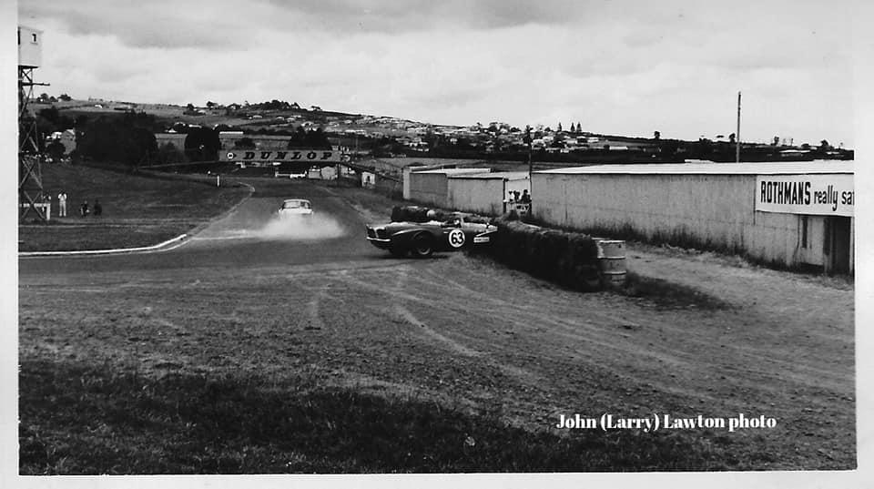 Name:  Pukekohe 1965 #67 Roger Smith in the bales Elbow ACC Dec 65 J L Lawton .jpg Views: 144 Size:  57.9 KB