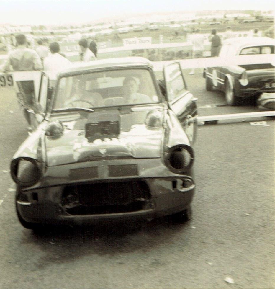 Name:  Pukekohe Jan 1968 #1, Anglia Oldsmobile - Neil Doyle v2, CCI13102015_0004 (2).jpg Views: 1592 Size:  181.1 KB